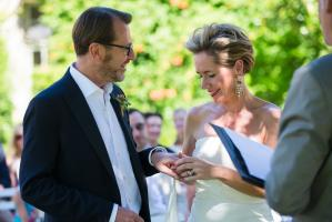 the exchange of rings at a wedding at Chateau Rigaud in France